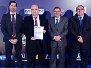 Torre del Mar recibe el Premio 'Q' de calidad turística en el marco de Fitur