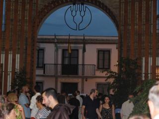 El mercado San Francisco de Vélez-Málaga abre sus puertas